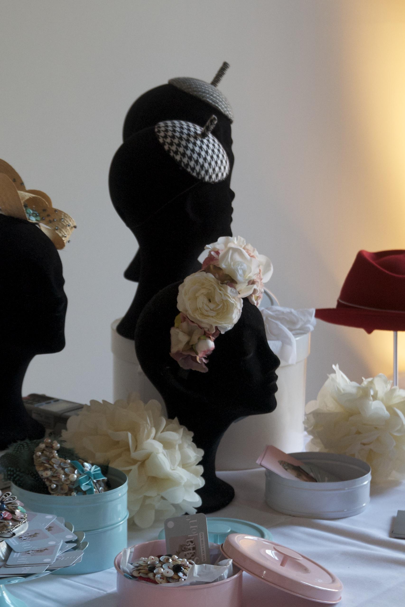 Blumenkranz, Haarschmuck, Hüte, Kopfbedeckung