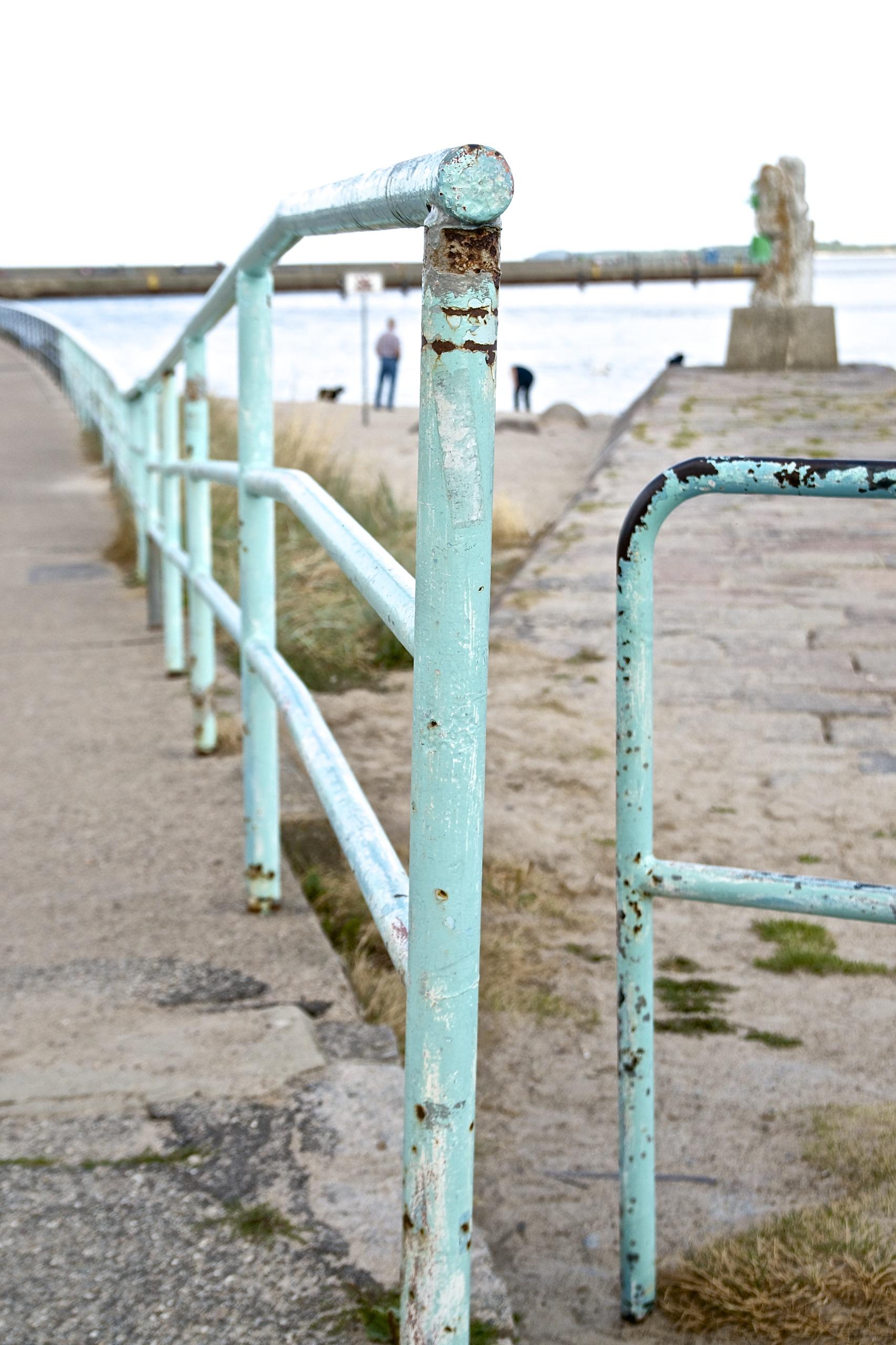 (K)Ein Tag am Meer,shabby Geländer in mint in Travemünde