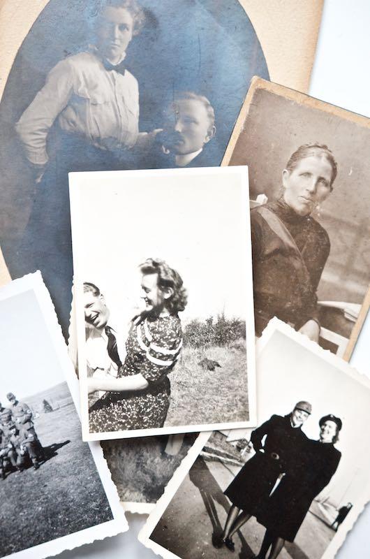 Schwarz-Weiß-Fotos Oma | Pinkepank