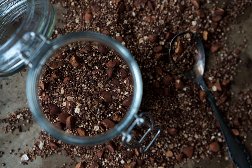 Rezept für selbstgemachtes Schoko Crunch ohne Zucker