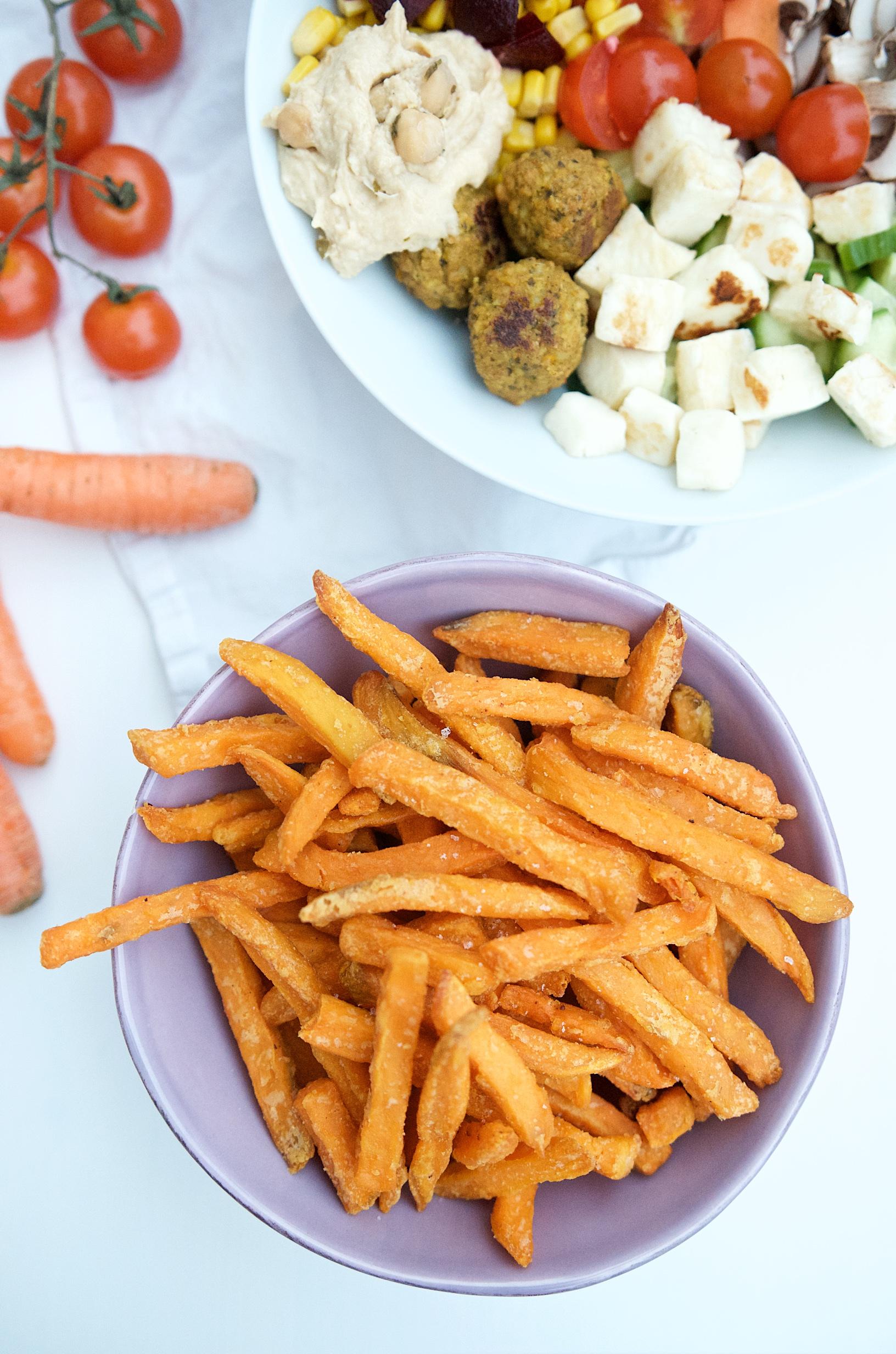 Knusprige Süßkartoffelpommes aus dem Backofen | Pinkepank