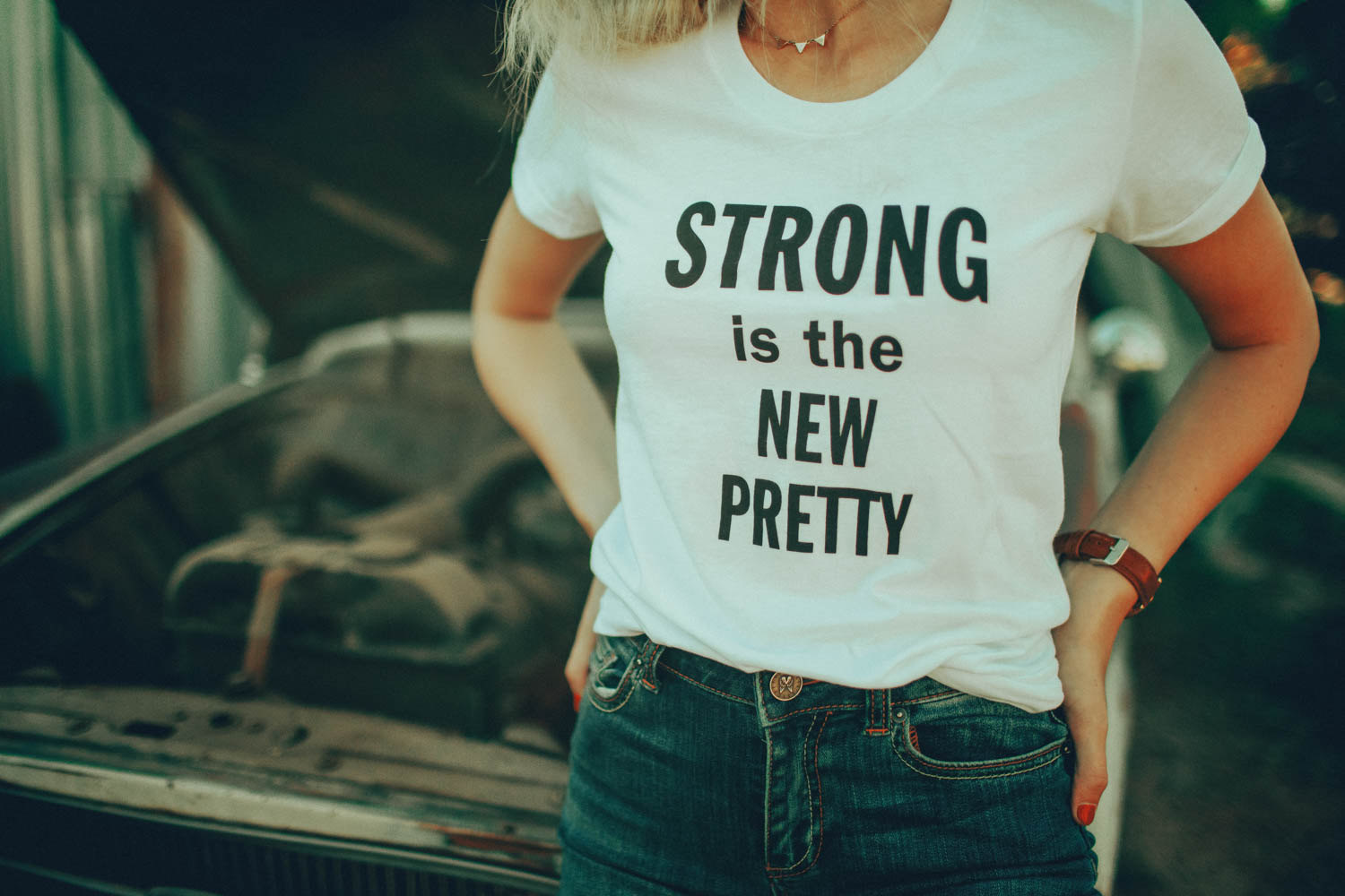 Strong is the new pretty Statement T-Shirt The Bee and the Fox