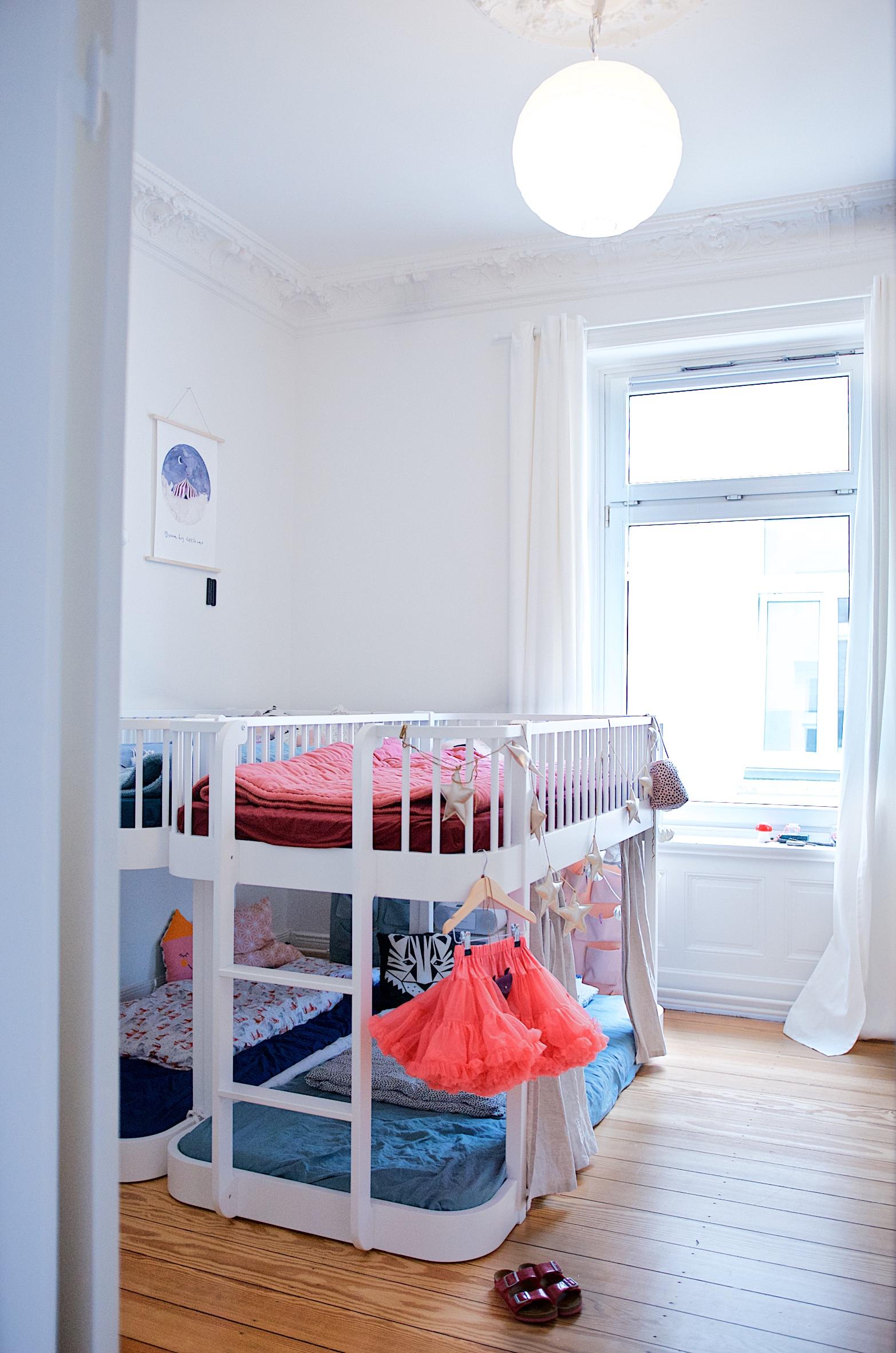 Kinderzimmer mit Hochbetten von Oliver Furniture