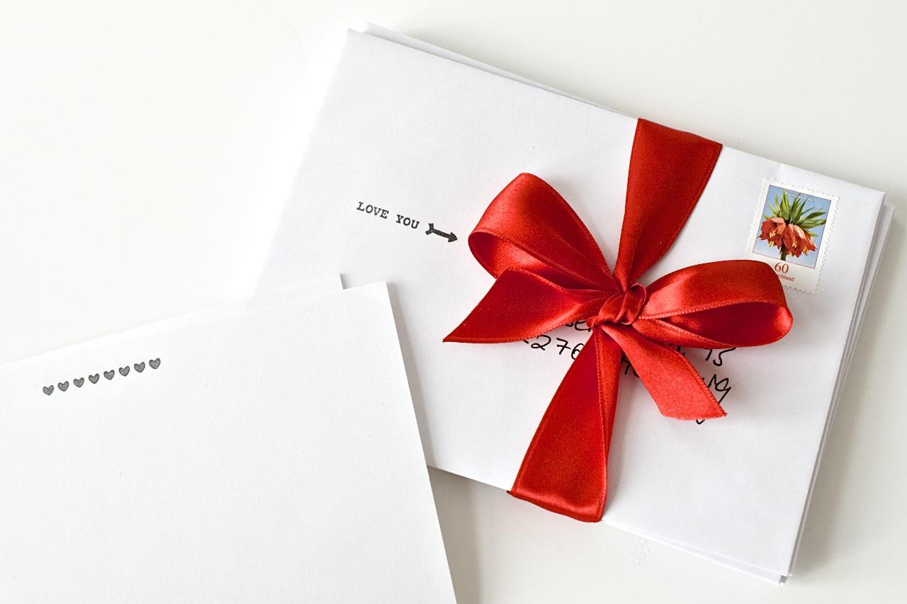 DIY Geschenk Idee zum Valentinstag - jeden Monat ein Liebesbrief