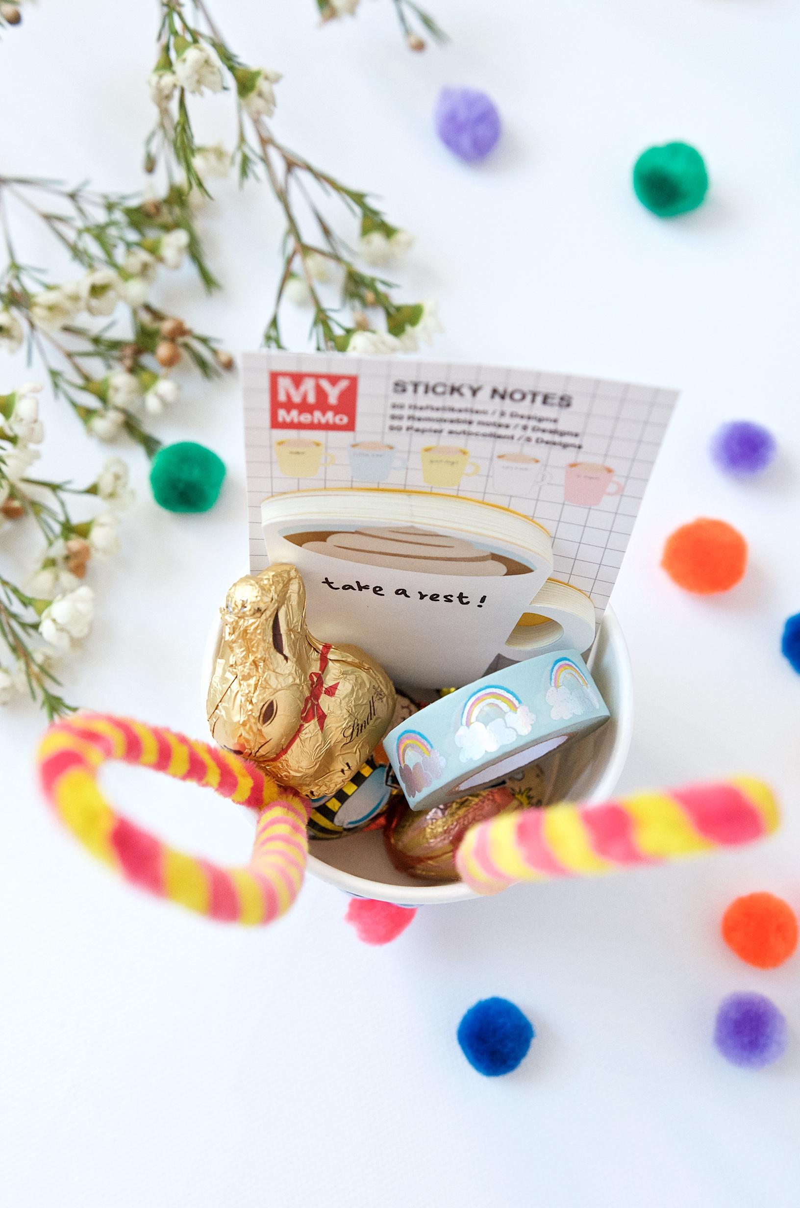 Osterkörbchen DIY Osterhase mit Pfeifenreinigern kleine Geschenkideen für ErzieherInnen