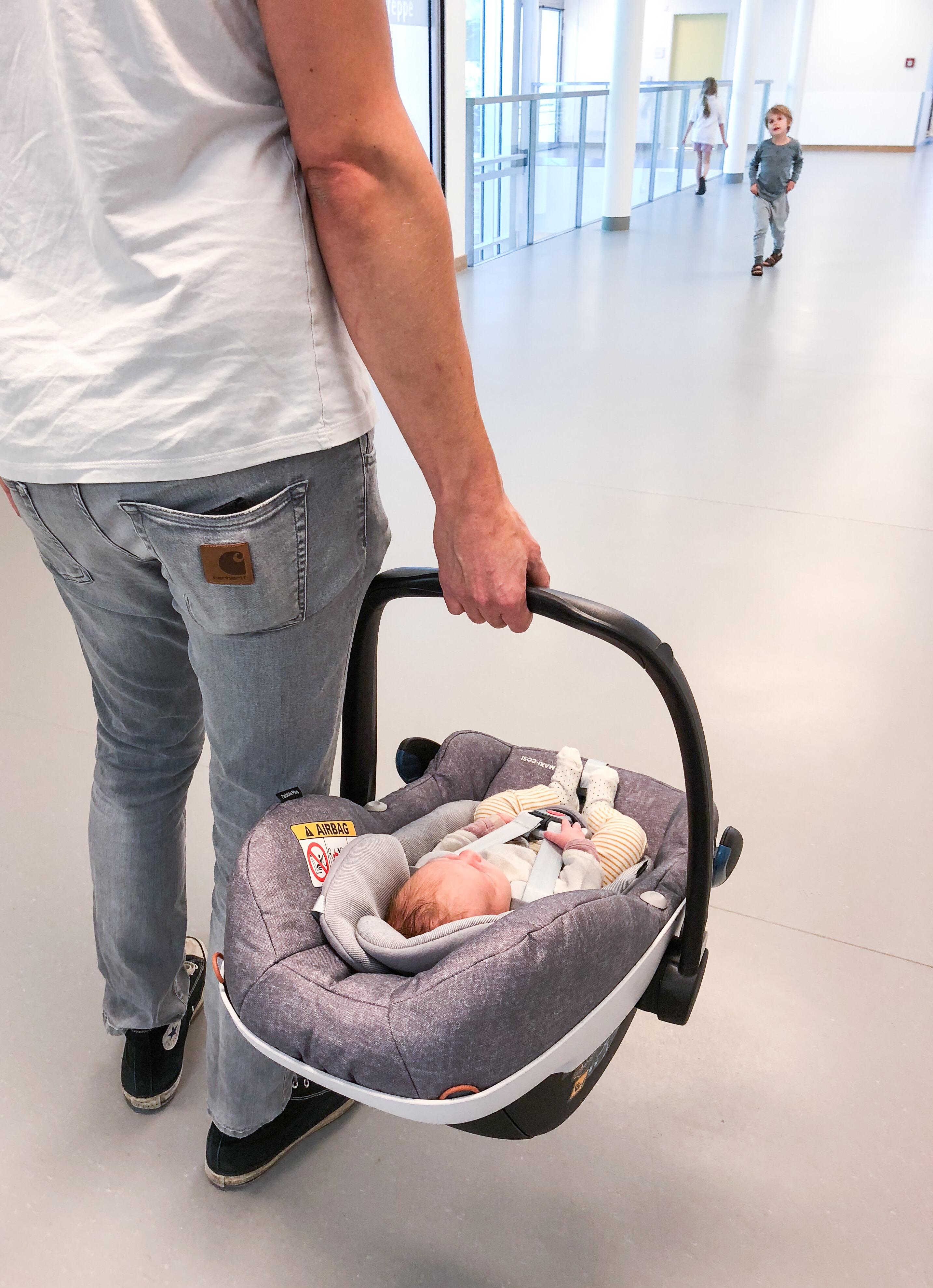Die erste Heimfahrt mit dem Baby und dem Maxi-Cosi Pebble Plus