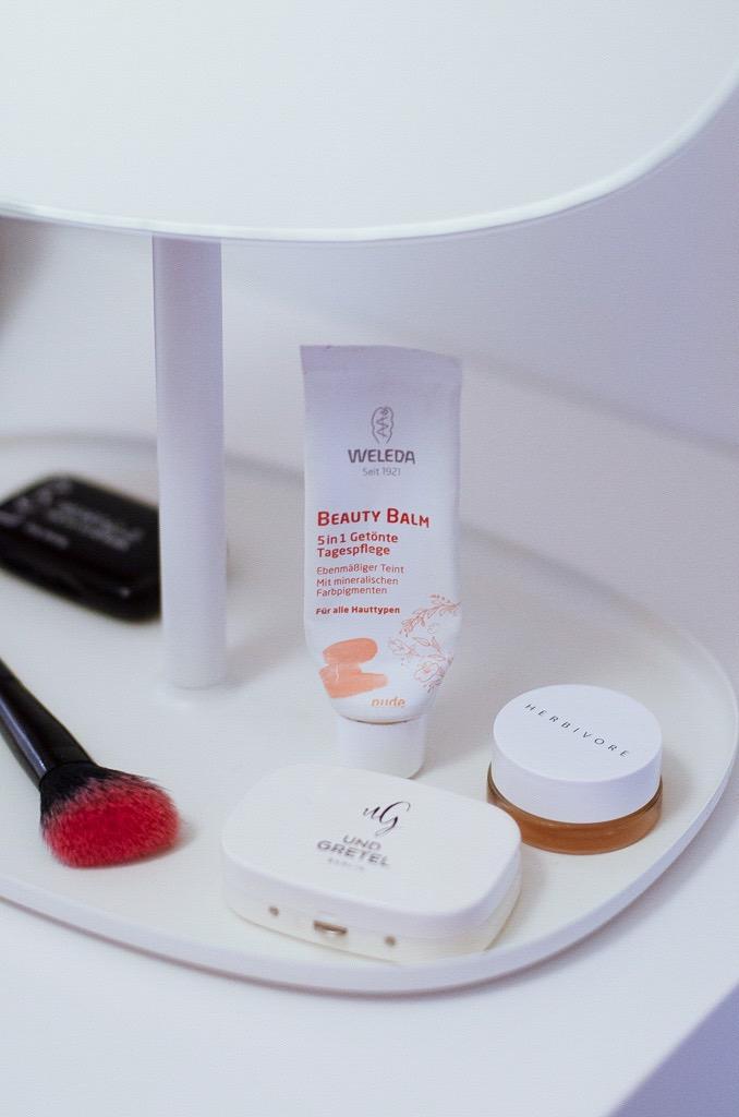 Mein 5-Minuten-Mama-Make-Up und Community Tipps - Die besten Naturkosmetik Foundations