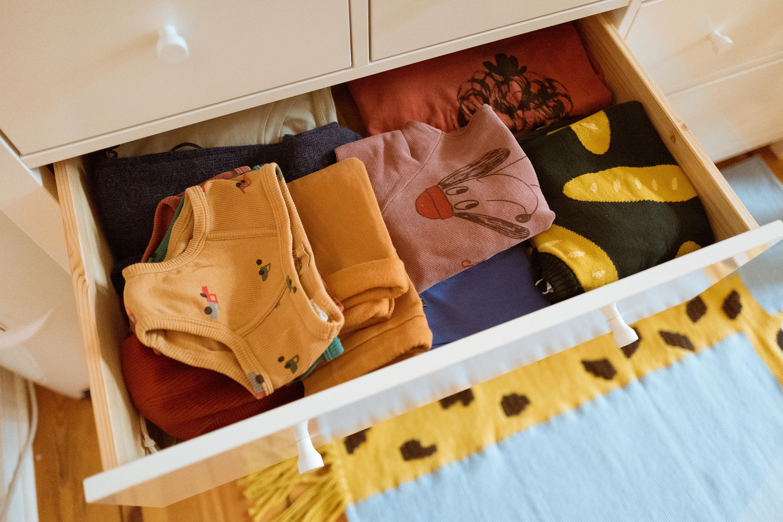 Lasst uns luschern - in den Kinderkleiderschrank von Martina @fraeiuleinmimmiLasst uns luschern - in den Kinderkleiderschrank von Martina @fraeiuleinmimmi