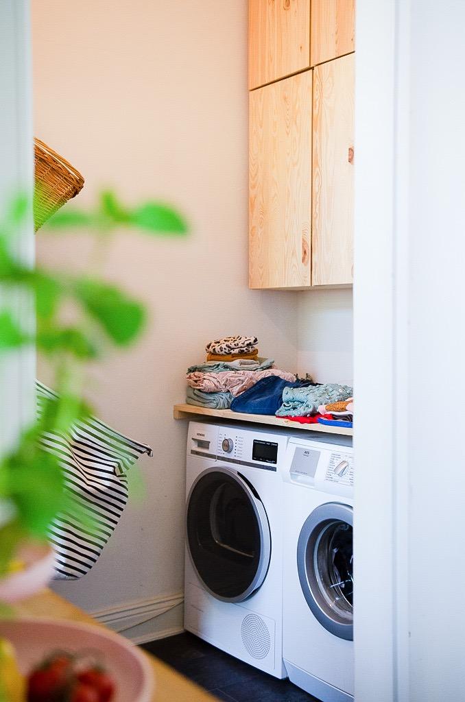 Das Mädchenzimmer, der Hauswirtschaftsraum - wie auch immer man es nennt, die Wäsche für uns fünf hat endlich Struktur und fliegt nicht mehr in der Wohnung rum | Alles hat einen Platz - Chaosupdate #2