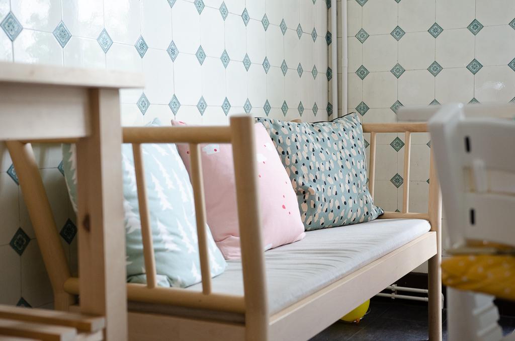 Küchenbank Björksnäs von Ikea in Hamburger Altbauküche