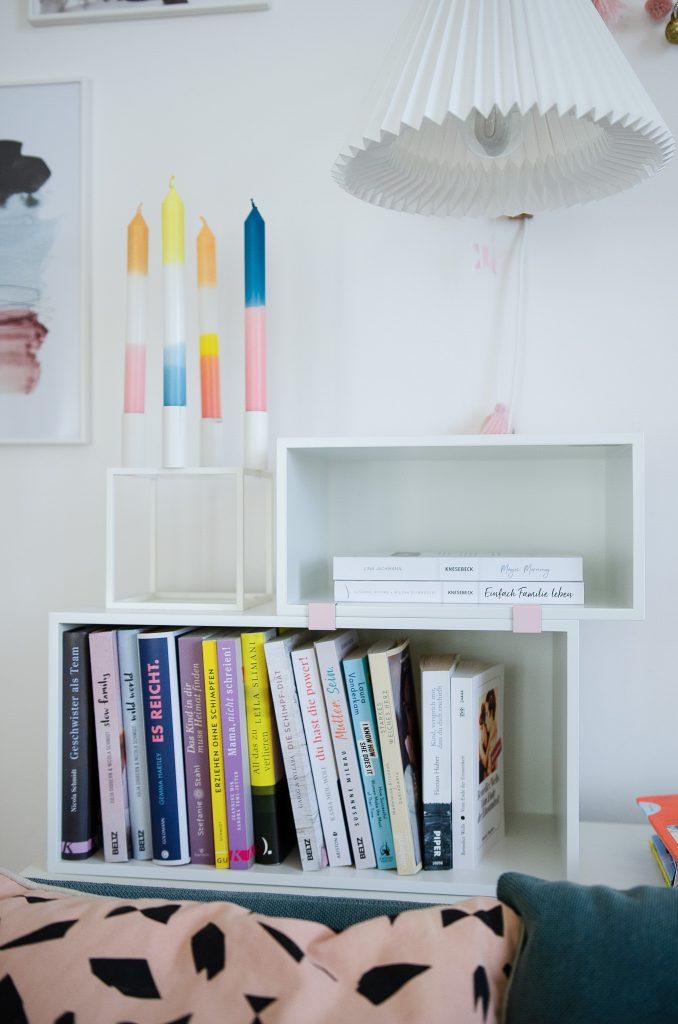 Muuto Stacked Mini Regal als ideale Aufbewahrung für Bücher