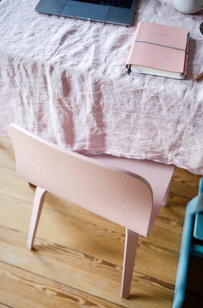 Ein rosa Stuhl? Aber sicher!