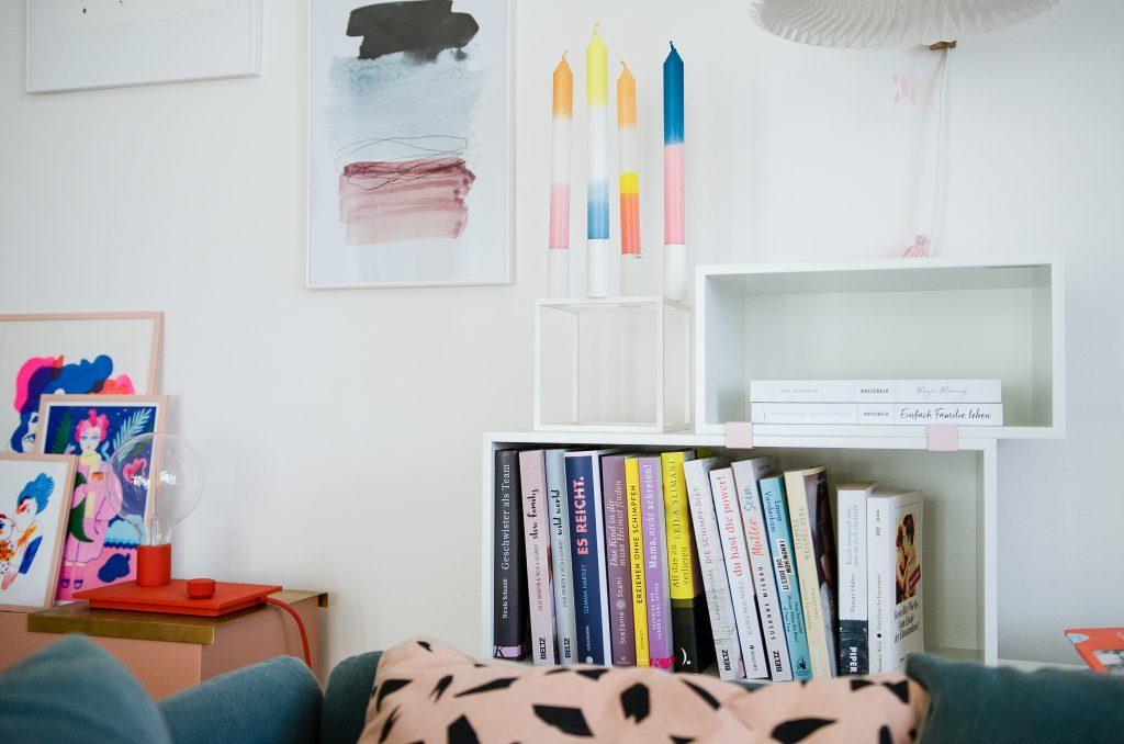 Muuto Stacked Mini - ein flexibles und modaleres Regalsystem, perfekt für kleine Räume und verschiedene Bedürfnisse.