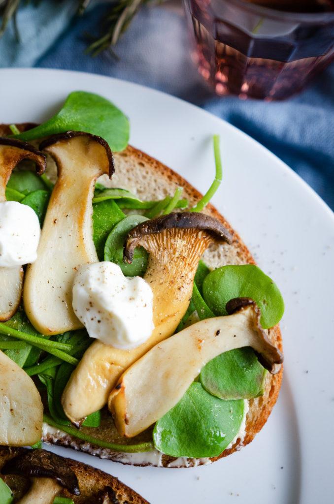 Pilzstulle mit Kräuterseitlingen - ein schnelles Rezept für leckerstes Abendbrot