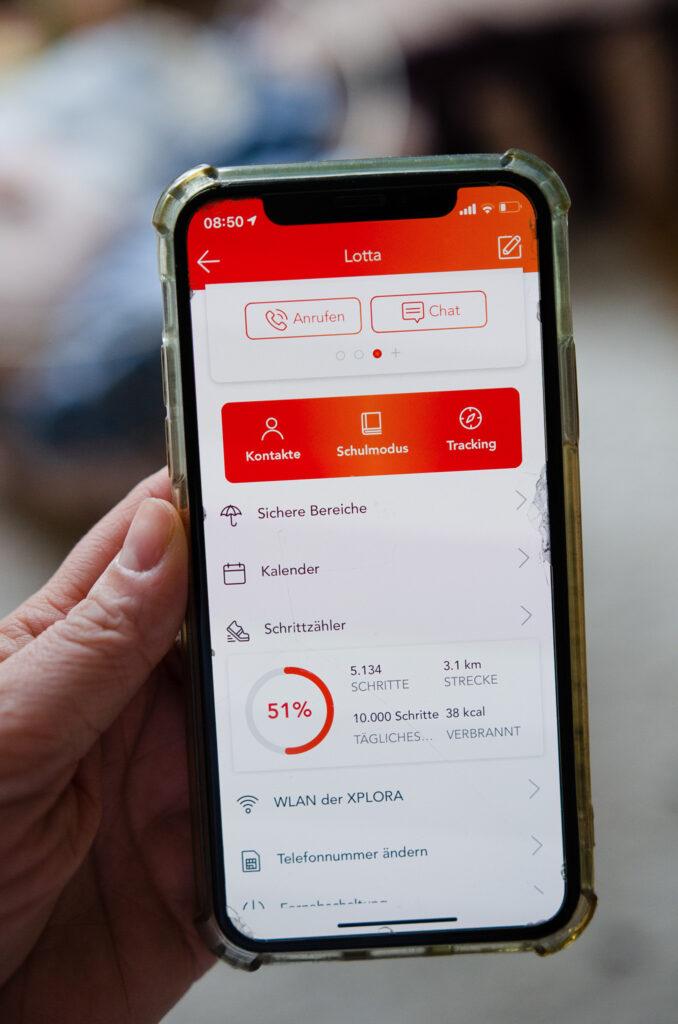 XPLORA App auf dem Handy - Elternapp